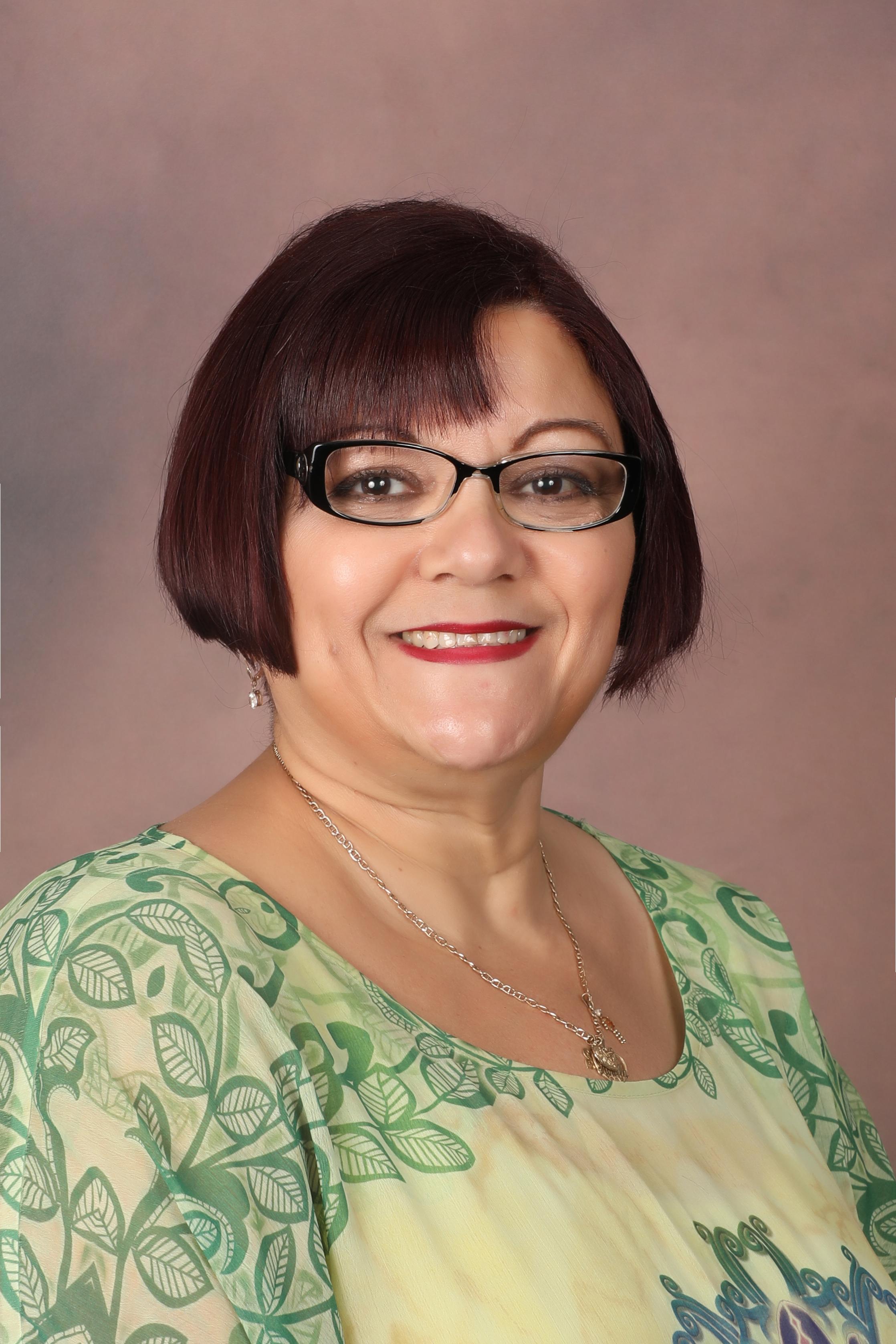 Minister Toñita Herring