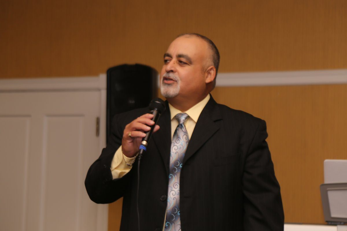 Dr. Fred Puentes